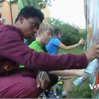 Youth Spray Painting Photo (2)